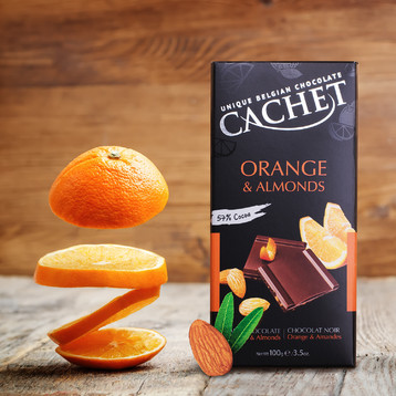 Cachet Orange & Almonds 57% Dark Chocolate
